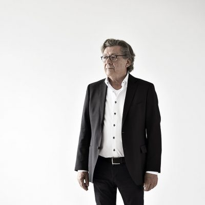 Portraitaufnahmen Dr. med Karl-Heinz Biegler im Studio von Fotograf Daniel Möller Hannover