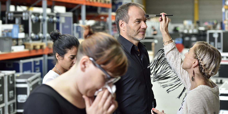 Making-of-Bild Werbeaufnahmen 6000er-Serie Sennheiser on location Fotograf Daniel Möller aus Hannover