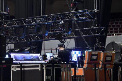 Imageaufnahmen Digital 6000 Live Stage beim Aufbau für Nena - Die Band in der Dortmunder Westfalenhalle für Sennheiser Electronic GmbH & Co. KG mit Fotograf Daniel Möller Hannover