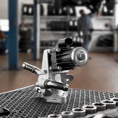 Imageaufnahmen von EGR valves für den Autozulieferer NGK NTK von Fotograf Daniel Möller Hannover