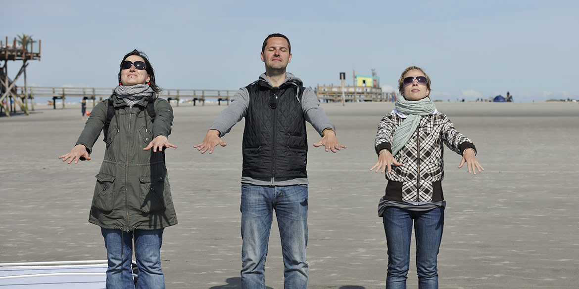 Making-of-Bild Beautyshooting am Strand von St. Peter Ording für Kosmetiklinie La mer