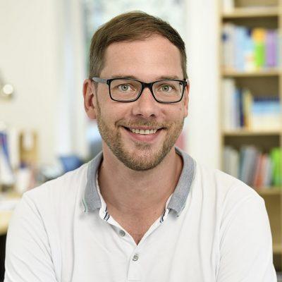 Businessportraits IPS Ihre Pflege Sachsen GmbH Dresden von Fotograf Daniel Möller aus Hannover