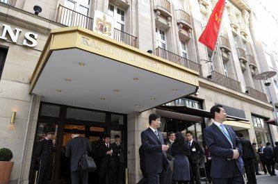 Reportageaufnahmen Hannover-Besuch chinesischer Premierminister Wen Jiabao Kastens Hotel Luisenhof von Fotograf Daniel Möller